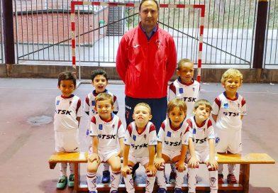 Buen debut de nuestro equipo de 4 años en la liga de profútbol, con victoria.